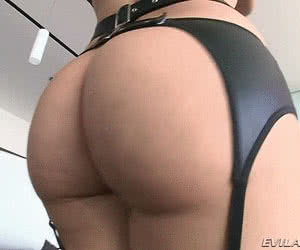 Category: round ass fuck animated GIFs