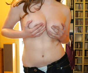 Related gallery: topless-in-jeans (click to enlarge)