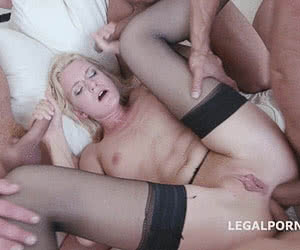 Category: group sex animated GIFs